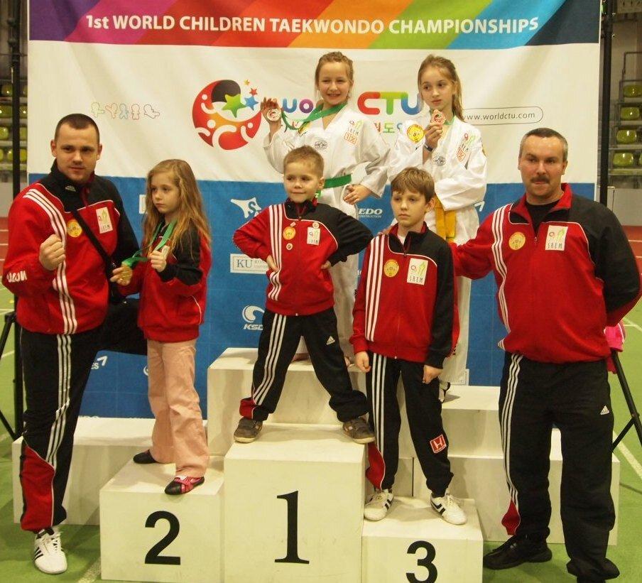 Złoty, srebrny i brązowy medal na Mistrzostwach Świata w Sindelfingen 2013