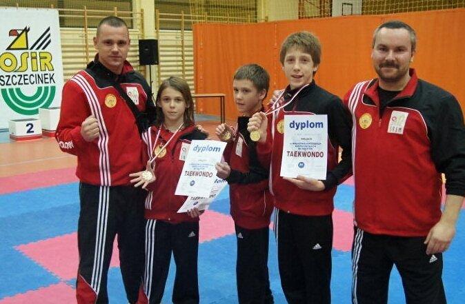 Trzy złote medale na Mistrzostwach Makroregionu Młodzików